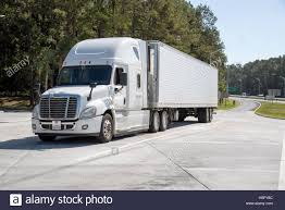 Highway Rest Stop Stock Photos & Highway Rest Stop Stock Images - Alamy Modern Marvels Cstruction Machines Mini Equipment 39 Best Trucking Facts Images On Pinterest Truck Drivers Semi Modern Marvels How Are Supercross Courses Made History Youtube Highway Rest Stop Stock Photos Images Alamy News For Drivers Quest Liner Surf Hotel Looks Like A When The Road But Once Pleasant Family Shopping March 2011 New Twin Cities Food Trucks Hitting Streets Here Are Our Top Picks The 2017 Honda Ridgeline Is Solid A Little Too Much Accord For Mack Trucks Wikipedia