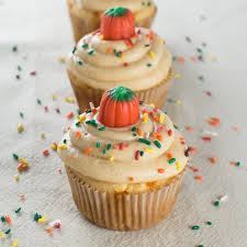 Cake Mix Pumpkin by Pumpkin Chip Cake Mix Cupcakes With Pumpkin Cream Cheese Frosting