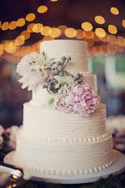 I Like That This Is Simple Yet Romantic Rustic Chic Wedding Cake Ideas Kindve Digging It Just None Of Those Green Things On