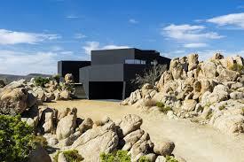 100 Desert House Black Oller Pejic