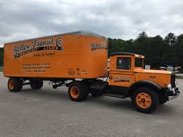 Singing Wheels: The History Of The Fruehauf Trailer Company ...