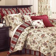 Cool Comforter Sets With Beautiful Flower Pattern Felicite ... Masculine Comforter Sets Queen Home Design Ideas Rack Targovcicom Bedroom New White Popular Love This Fuchsia Chevron Reversible Microfiber Set By Bedding Delightful Best And Chic Cozy Relaxed And Simple Master Comforters Very Nice Tropical Decor Amazoncom Halpert 6 Piece Floral Pinch 6pc Carlton Navy T3 Z Ebay Down Alternative Homesfeed Stylized 5 Twin Rosslyn Black 8 To Precious