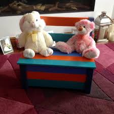 Colorful Pallet Toy Box And Chair
