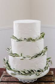White Wedding Cake Rustic Leaf Buttercream