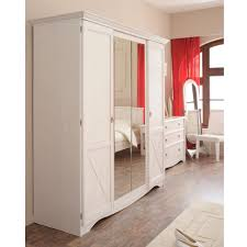 armoire chambre blanc chambre blanche complète imitation pin maryline