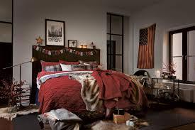 amerikanische weihnachtsdeko im schlafzimmer bett