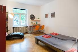 helles großes zimmer 19qm in zentrumnähe apartments for