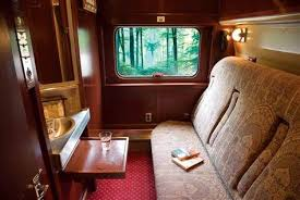 Do All Amtrak Trains Have Bathrooms by Amtrak Sleeper Car Bathroom Viewliners Are Available On Some