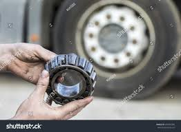 100 Hub Truck Mechanic Holding Bearing Stock Photo Edit Now 640487389