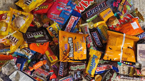 Donate Leftover Halloween Candy To Our Troops by The Little Things Halloween Candy Donation U2013 Amy Poehler U0027s Smart