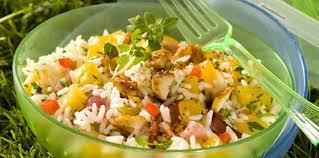 cuisine salade de riz salade de riz au poulet et aux abricots facile et pas cher