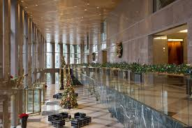 Office Christmas Decorating Ideas Pictures by Office Holiday Decorating Ideas Archives Plant Interscapes