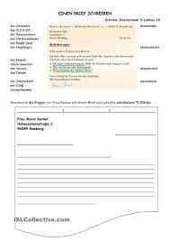 Frau Schreiben Absenderadresse Auf MailingUmschlag Weibliche Hände