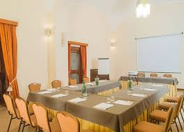 Thanks To Its 6 Multi Functional Meeting Rooms Le Cheminee Business Hotel Can Be Defined A True Convention Center