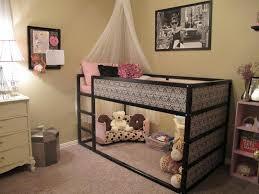 jeux de décoration de chambre de bébé chambre fille en 105 idées de design et décoration coin