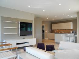 tv dans cuisine cuisine tv cuisine recettes avec violet couleur tv cuisine