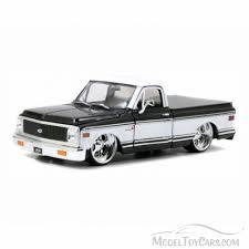 100 70s Chevy Trucks 1972 Cheyenne Pick Up Truck Black White Jada Toys 96865