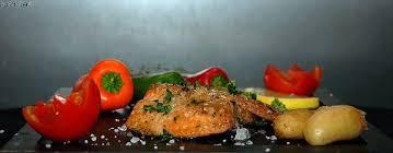 cuisiner la truite cuisine cuisiner une truite lovely truite au four la recette facile