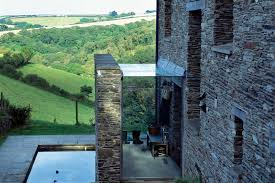 100 Mclean Quinlan Architects On The Market A Modern Walled Garden Moat Included For