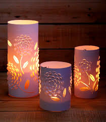DIY Paper Lanterns With Beautiful 3D Flowers Design
