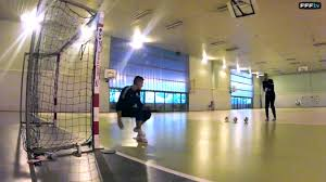 technique de foot en salle futsal les gardiens à l entraînement
