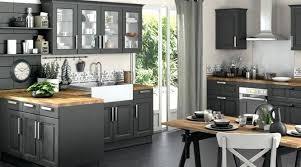 cuisine grise et plan de travail noir cuisine grise avec plan de travail noir plan travail cuisine