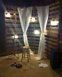 pallet backdrop for stage Basement
