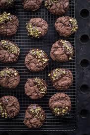 weihnachtliche schoko brownie cookies mit tonkabohne