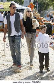 Shawns Pumpkin Patch Los Angeles Ca by Gwen Stefani And Gavin Rossdale At Shawn U0027s Pumpkin Patch Culver