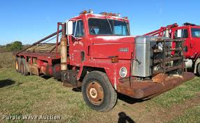 1981 International Paystar 5000 Oilfield Rig Up Tandem Truck...