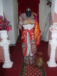 اللباس القبائلي واكسسواراته images?q=tbn:ANd9GcQ