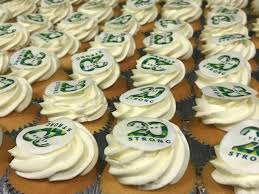 20 Years Strong Cupcakes
