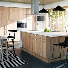 ikea armoire de cuisine cuisine faktum ikea panneaux de particules chêne clair et