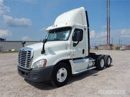 Freightliner -cascadia-125 For Sale Montgomery, Texas Price: $33,900 ... Buy2ship Trucks For Sale Online Ctosemitrailtippmixers 2016 Freightliner Evolution Tandem Axle Sleeper For Sale 11645 Freightliner In Illinois Youtube For Sale In North Carolina From Triad Scadia125 Montgomery Texas Price 33900 2019 M2 106 Cab Chassis Truck 4585 New Trash Truck Video Walk Around At 2007 Classic Daycab 565789 Trucks 2005 Fld120 Dump White City Or