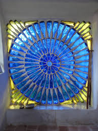 32 Insanely Beautiful Upcycling Projects For Your Home Recycled Glass Bottle