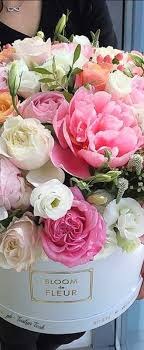 Its Friday Were In Love With Flowers Hat Boxes