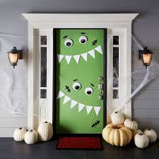 25 Best Halloween Door Decorations For 2018 7 Howloween