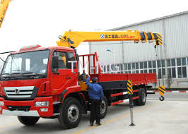 Durable Transportation 12 Ton Cargo Crane Truck, Telescopic Boom ...