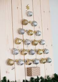 Christmas Diy Project Using Ornament To Create A