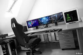 ordinateur de bureau pour gamer bureau d angle pour gamer bureau noir lepolyglotte