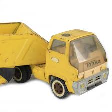 GoodLife Auctions - Lot 1062, Vintage Tonka Bottom Dump Truck And ...