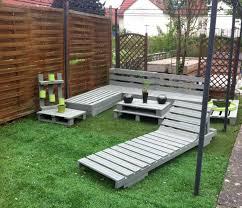 diy grey painted pallet terrace furniture