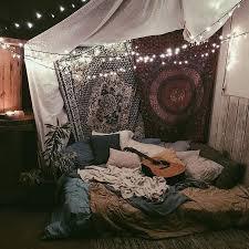 Best 25 Hippie Room Decor Ideas On Pinterest
