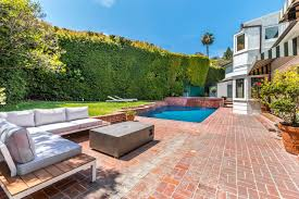 100 Sunset Plaza House Onetime Los Angeles Home Of Groucho Marx Lists WSJ