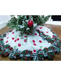 Christmas Miniatures Handmade Dollhouse Decor Cherry Tree Skirt Doll Fairy Garden 12 Scale Shadow