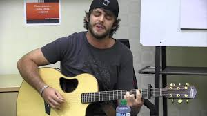 Thomas Rhett Performs
