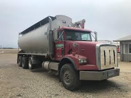 100 Feed Truck S WALINGA