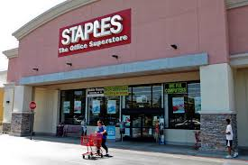 Staples stumbles in fight with Obama