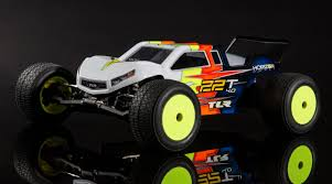 100 Stadium Truck 110 22T 40 2WD Race Kit TLR03015 Excell Hobby