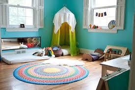 organisation chambre bébé 8 chambres de bébé décorées et aménagées selon la pédagogie montessori